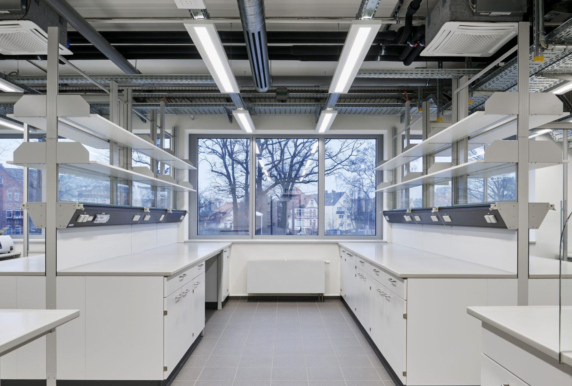 http://www.stricker-architekten.de/projekte/neubau-buero-laborgebaeude-hannover/